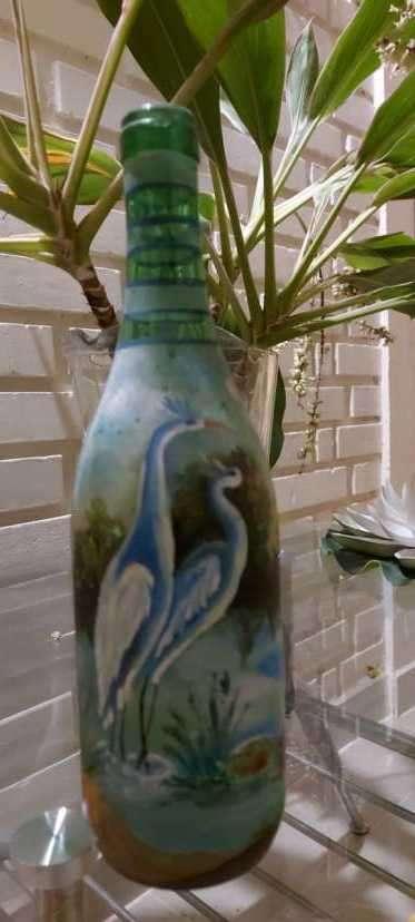 Botellas pintadas para decoración - 5