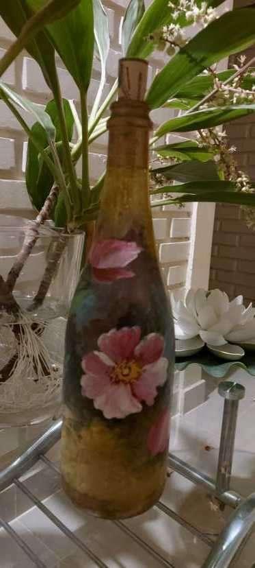 Botellas pintadas para decoración - 8