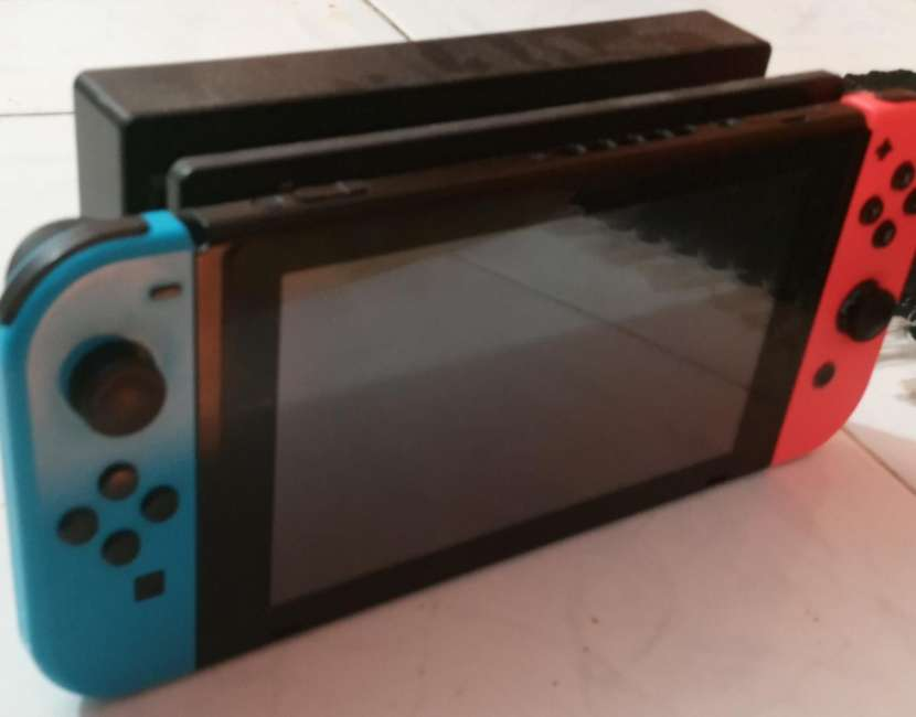 Nintendo Switch impecable - 4