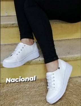 Calzado Nacional blanco
