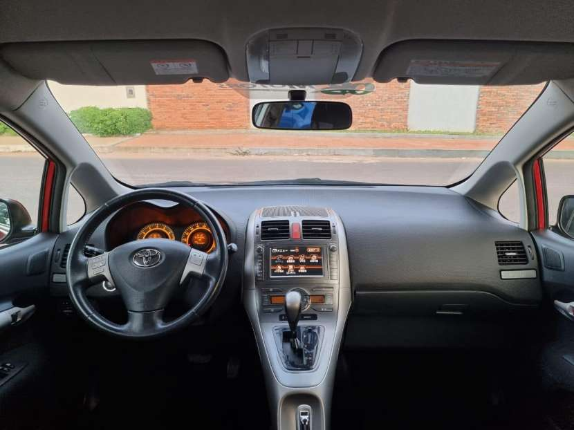 Toyota New Auris 2008 - 5