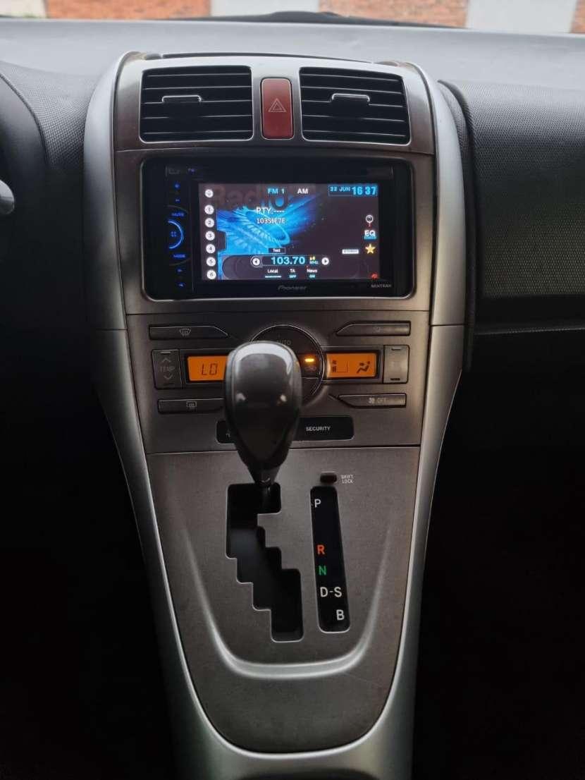 Toyota Auris 2007 - 8
