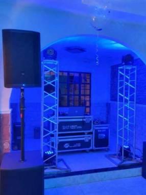 Servicio de discoteca y pista LED