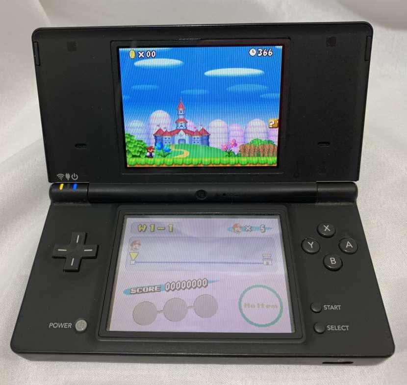 Nintendo DSi con juegos - 1