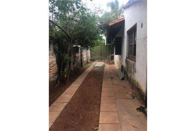 Casa en Luque zona Cuarto Barrio - 2