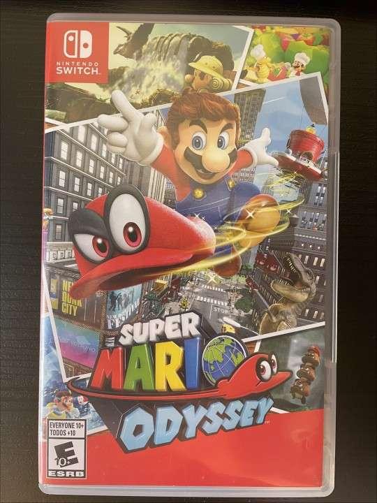 Nintendo Switch - 4