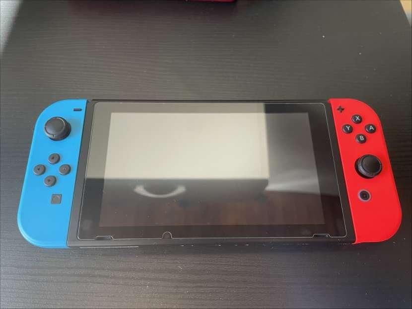 Nintendo Switch - 3