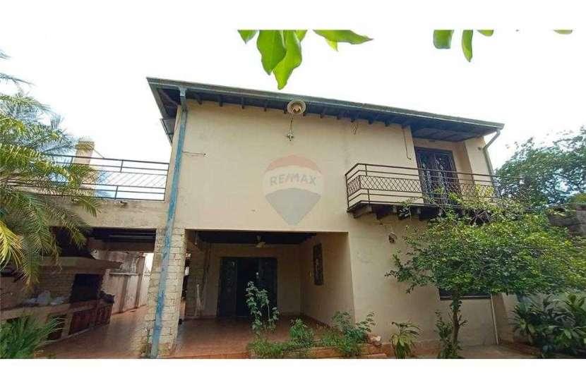 Casa en el centro de San Lorenzo zona Residencial - 0