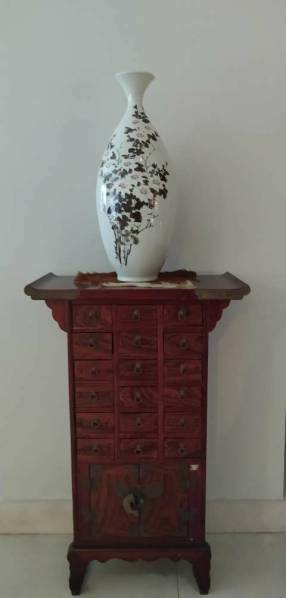 Jarrón floral en cerámica