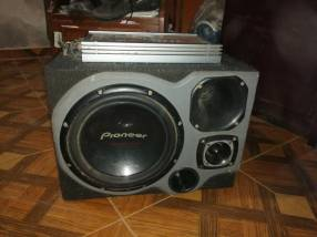 Amplificador Pioneer 600W