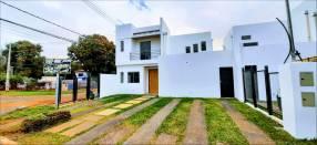 Casa a estrenar en Barrio Cerrado en Luque