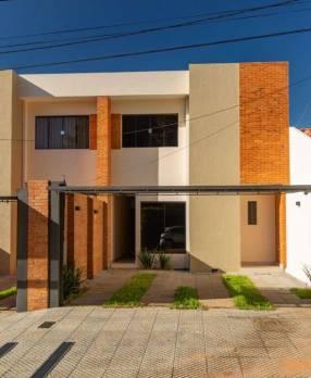 Duplex en Fernando de la Mora zona Karaoke Dylan