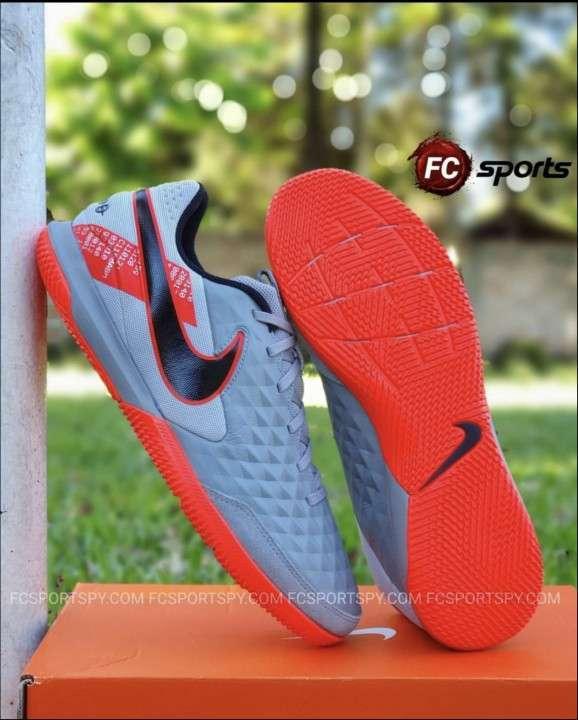 Nike tiempo futsal - 0