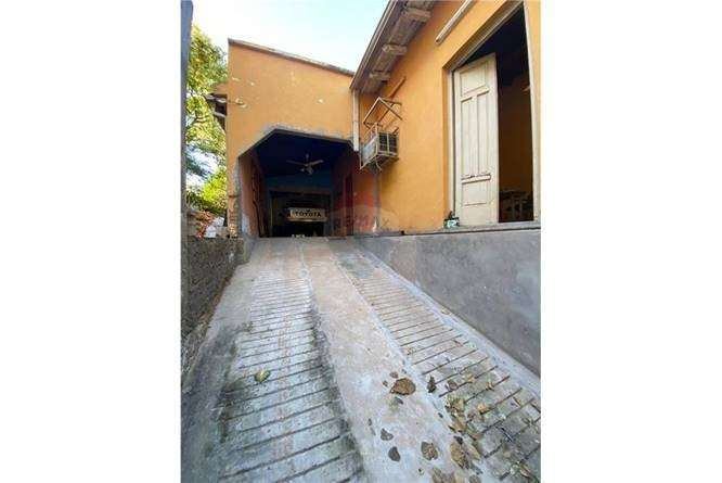 Casa a ser remodelada en Barrio Obrero - 2