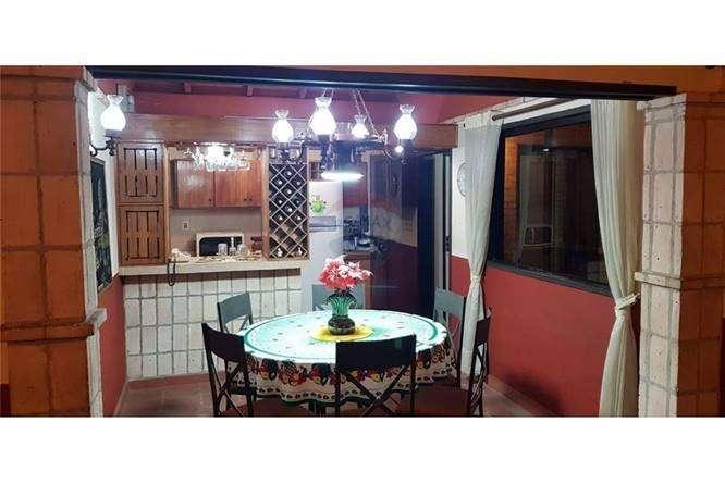 Casa en Barrio Mcal. Estigarribia - 5
