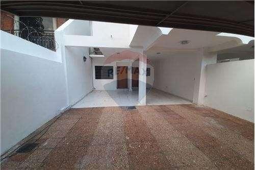 Duplex en Barrio Carmelitas - 2