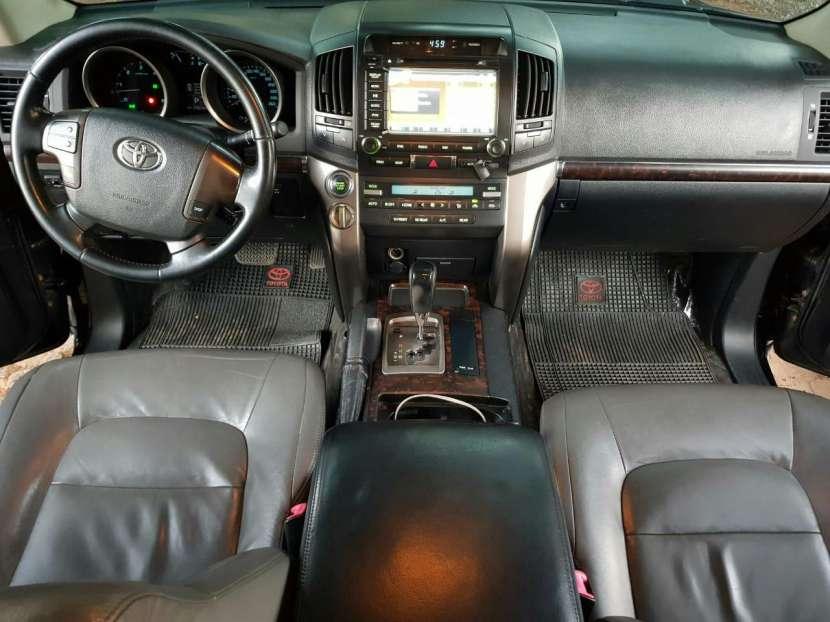 Toyota Land Cruiser 2012 - 1