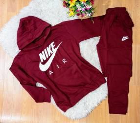 Conjuntos Nike de algodón para dama