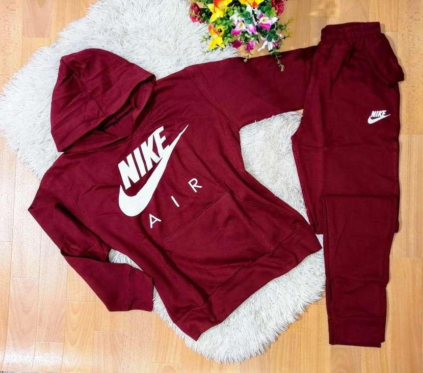 Conjuntos Nike de algodón para dama - 0