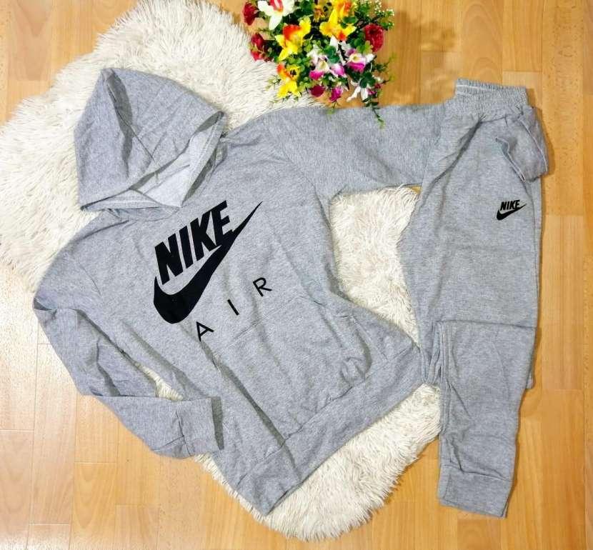 Conjuntos Nike de algodón para dama - 2