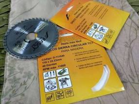 Dos discos para sierra circular