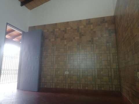Casa en Luque 4to Barrio - 8