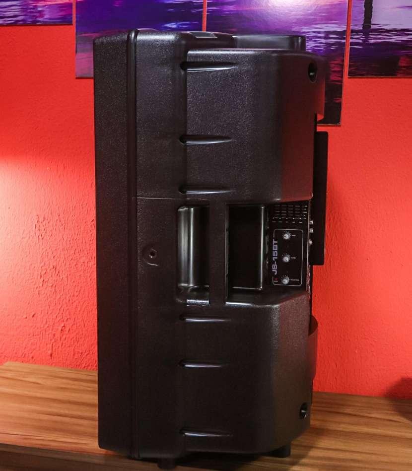 Caja acústica JBL (JS-15BT) - 1