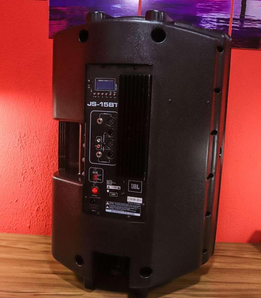 Caja acústica JBL (JS-15BT) - 2