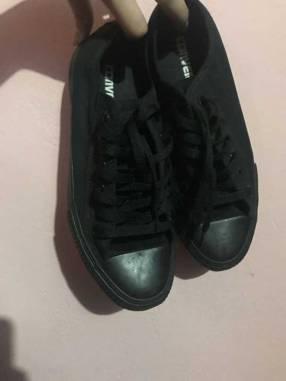 Calzado Converse negro calce 39