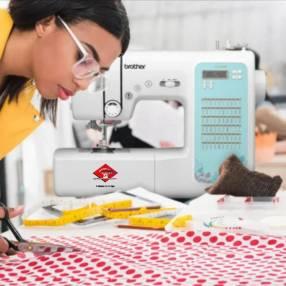 Máquina de coser computarizada Brother 60 puntadas CS6000XL