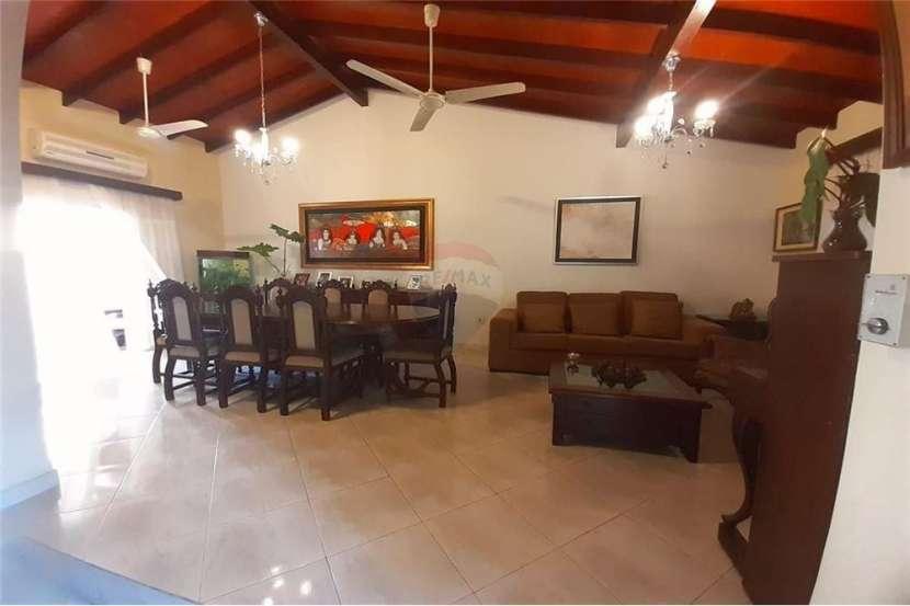 Residencia en el Barrio San Vicente - 1