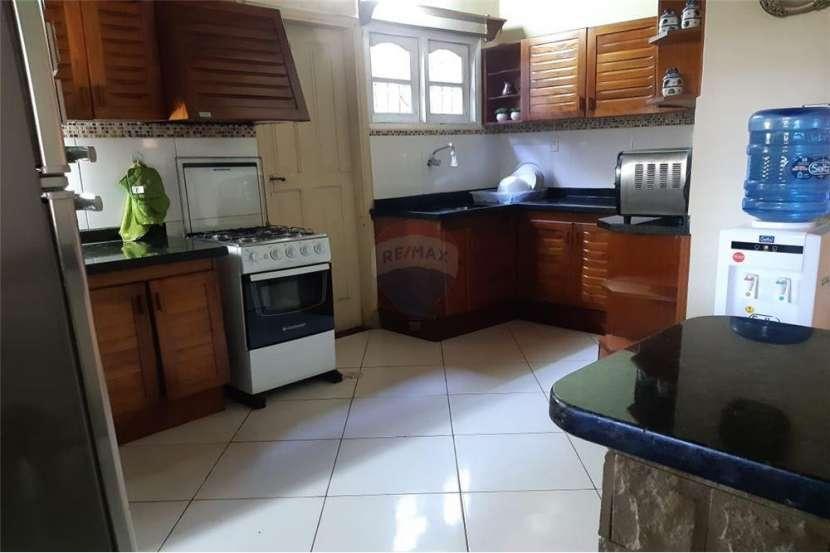 Residencia en el Barrio San Vicente - 7
