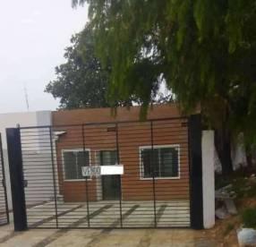 Casa en Lambaré Mbachio