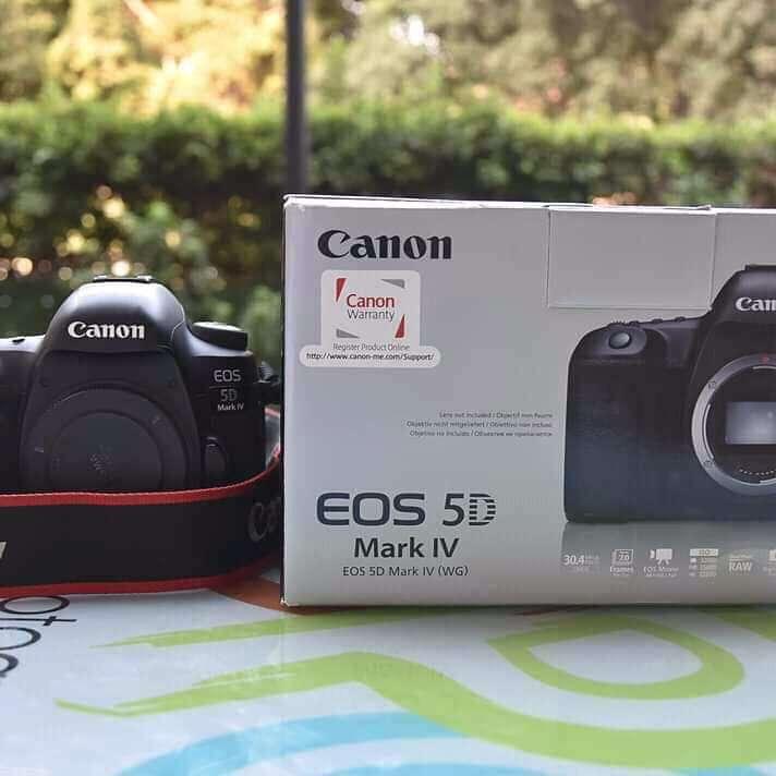 Canon EOS 5D Mark IV DSLR Canon EF 24-70mm F4L IS USM Lens - 1