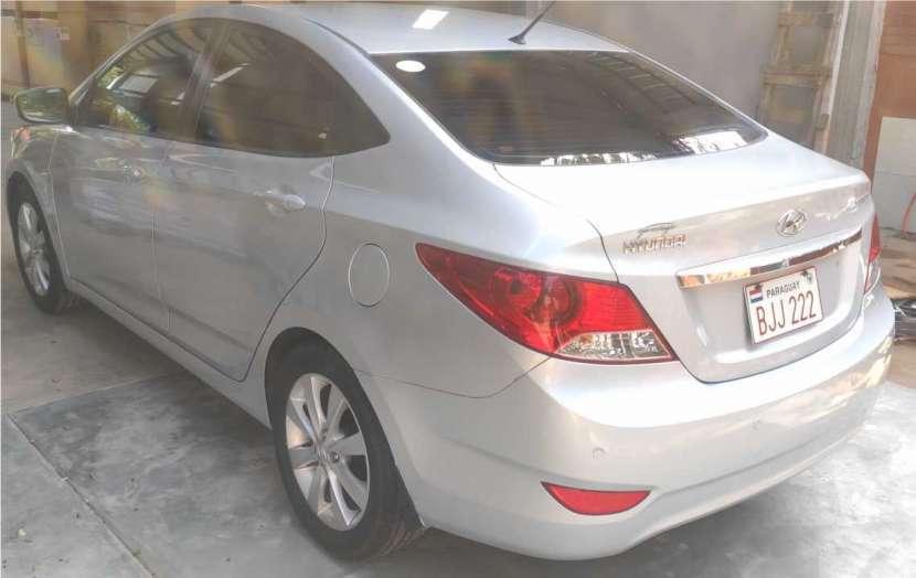 Hyundai Accent - 4