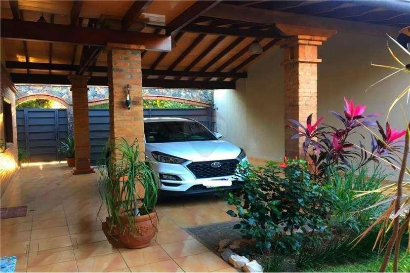 Residencia en Villa Morra - 1
