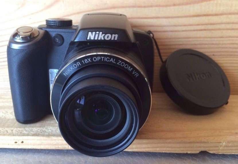 Cámara Nikon P80 semiprofesional 18x filma HD - 0