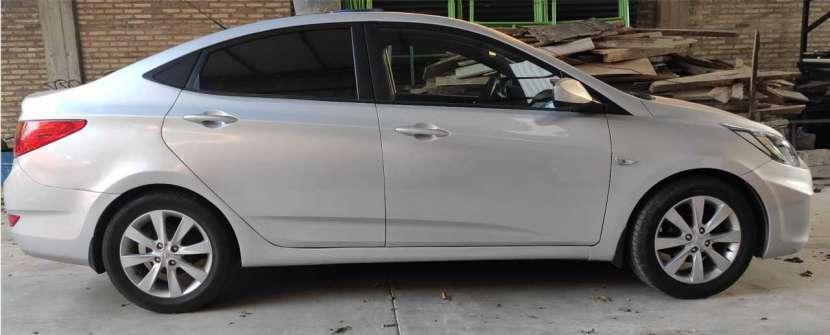 Hyundai Accent - 0