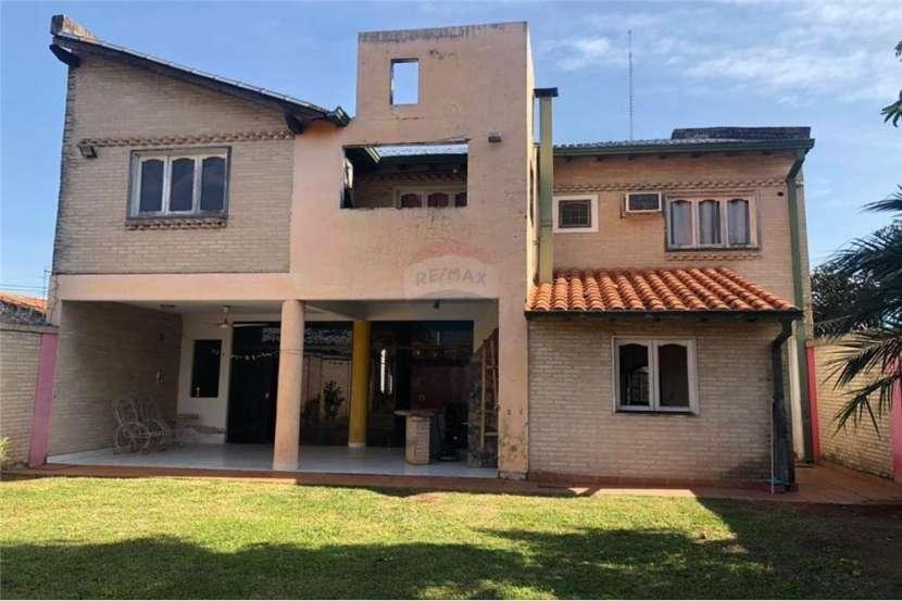 Casa en Barrio Santa María - 1