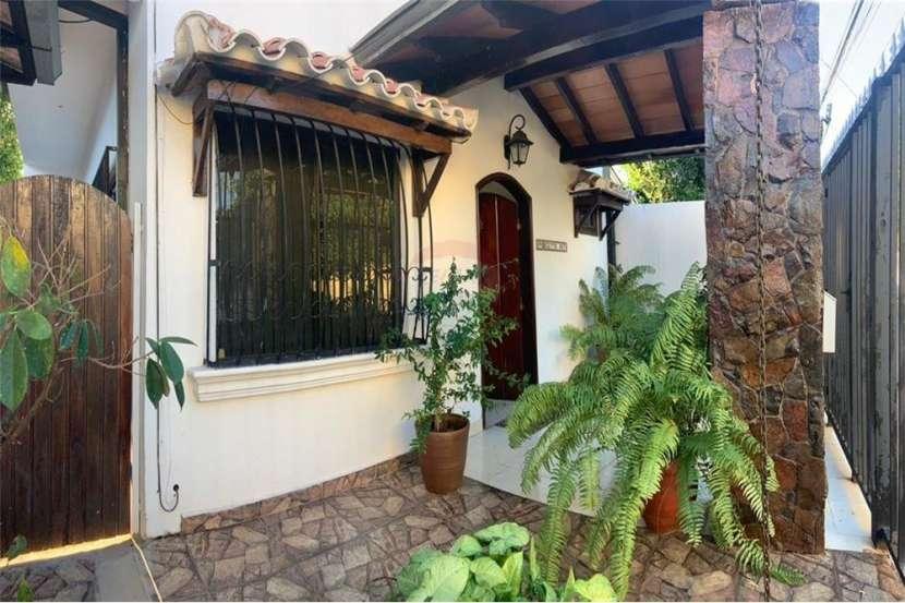 Duplex amoblado en Fernando de la Mora zona Norte - 0