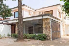 Casa en barrio Herrera