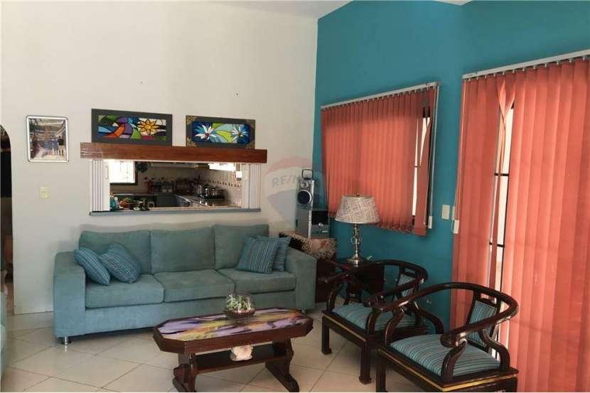 Coqueta casa zona UCA - 1