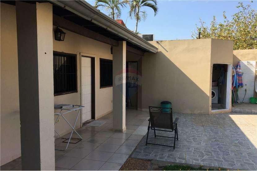 Coqueta casa zona UCA - 5