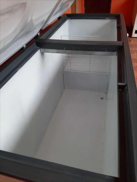Congelador Continental de 560 litros - 5