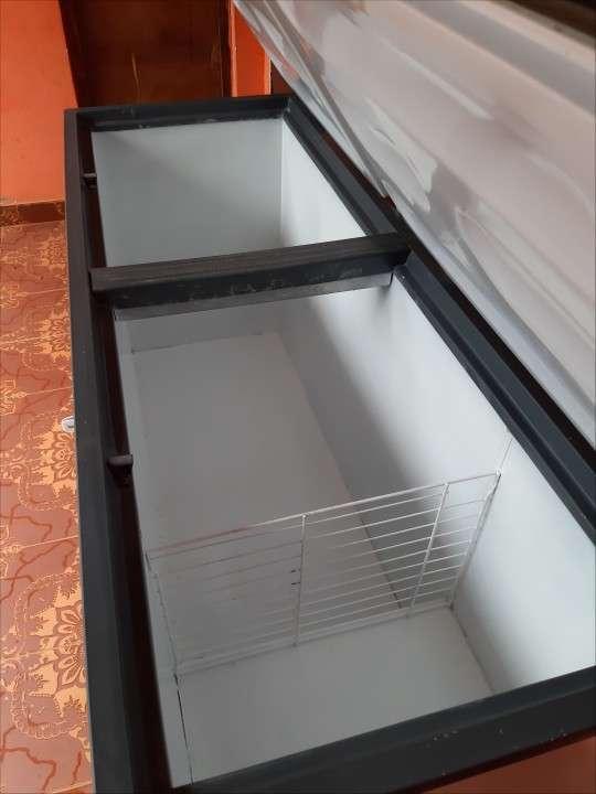 Congelador Continental de 560 litros - 4