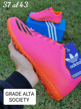 Todo terreno Nike y Adidas