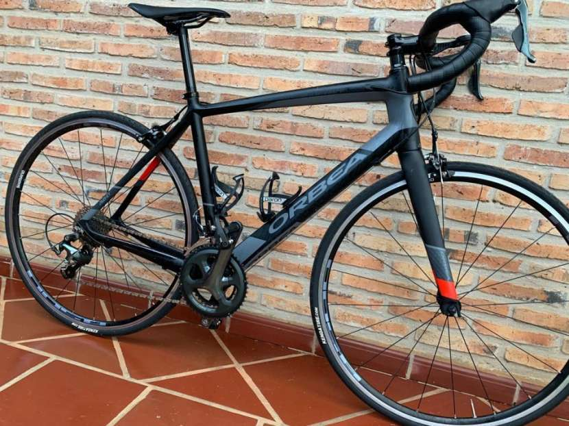 Bicicleta Rutera de carbono - 1
