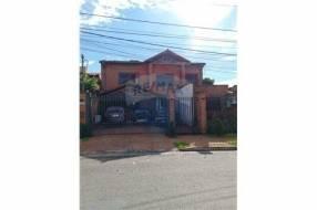 Casa sobre Bertoni en barrio Herrera cod.316