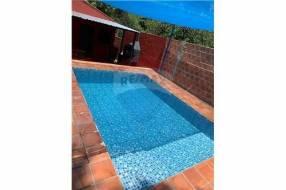 Casa con piscina zona Anfiteatro COD.312