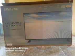 TV Samsung de 55 pulgadas 4K